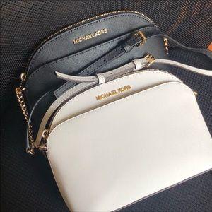 Michael Kors MK Crossbody Sling Shoulder Purse Bag